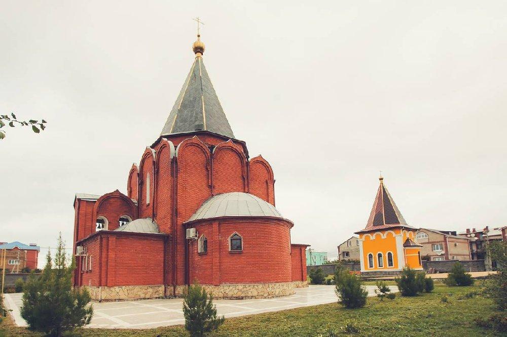 Храм Михаила Черниговского в Геленджике