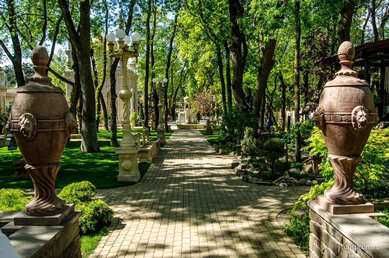 Старый парк в Геленджике