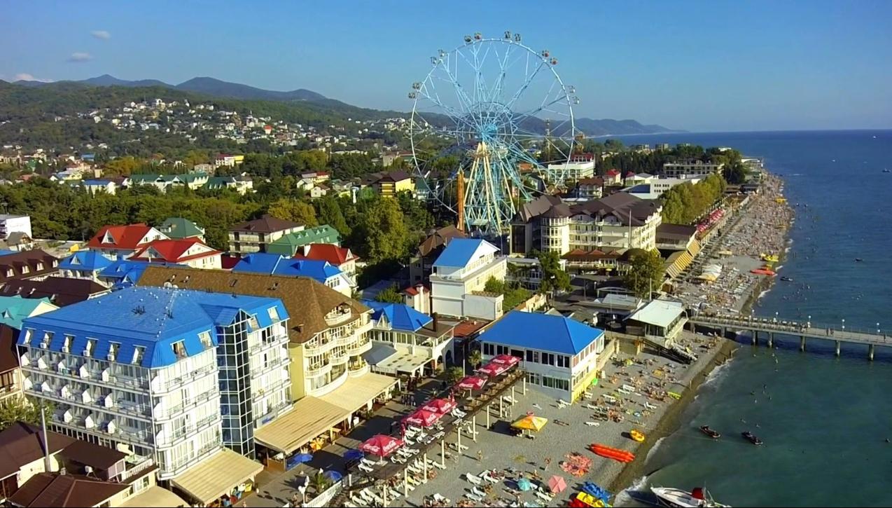 Лазаревское фото города и пляжа отзывы