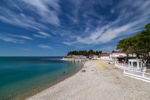 Пляж Центральный в поселке Дивноморское