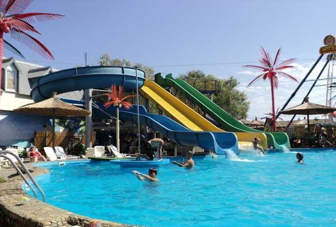 Аквапарк «Кокосовый рай» в Архипо-Осиповке