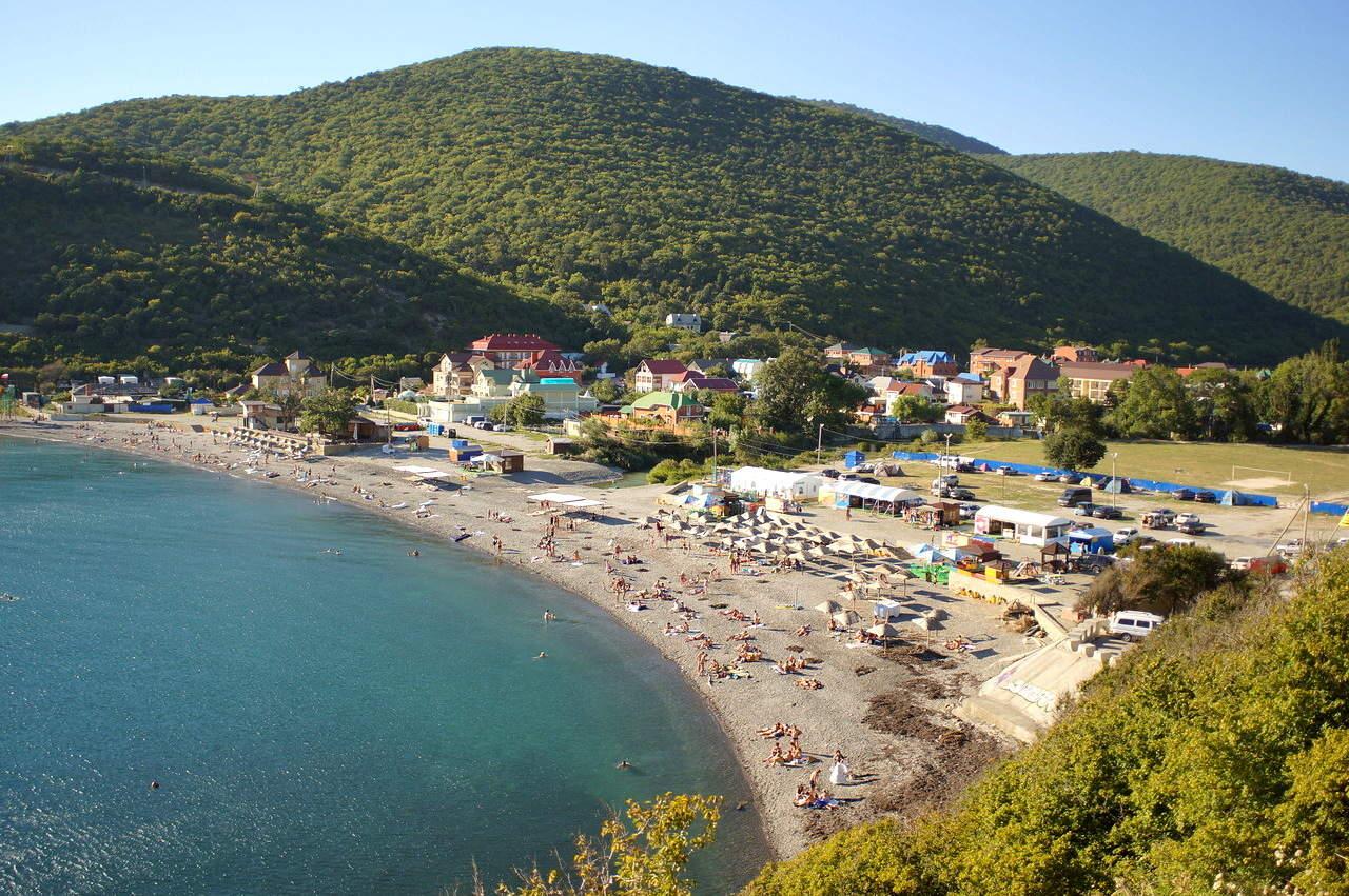 Пляжи в поселке Абрау-Дюрсо