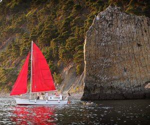 Яхта Ассоль