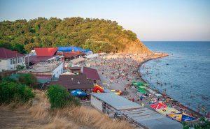 Море и пляжи в Бетте