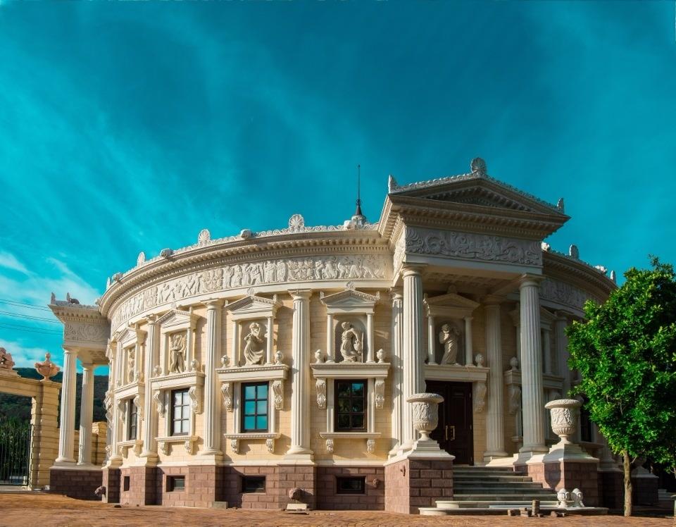 Кабардинка театр